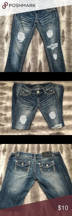 Almost famous size 3 jeans Almost famous skinny jeans size 3 Almost Famous Jeans Skinny