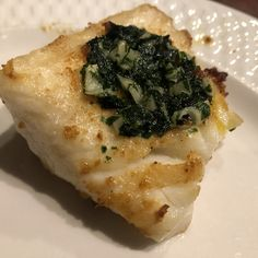 Grilled Sea Bass Allergy Free Recipes, Low Carb Recipes, Cooking Recipes, Grill Recipes, Seafood Dinner, Fish And Seafood, Local Seafood, Grilled Sea Bass Recipes, Main Dish Salads