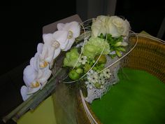 bruidsboeket - wit op ring falenopsis boechout