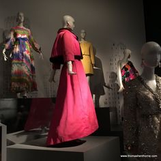 Oscar de la Renta Retrospective de Young Museum San Francisco #oscardelarenta #fashion #sanfrancisco #couture #deyoung #museum #apparel #womens #dress #dresses #stunning
