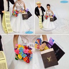 Meu bem!!!! Olha o tamanho dessa conta!? 😱😳 vc gastou tudo!!! 🤑😂😂😂😂💸❤️ #topodebolopersonalizado #noivinhos #sacolasdecompras 🛍 #wedding #weddingdress #weddingcake #casacomigo #noivas #noiva #noivos #noivinhospersonalizados #caraarteembiscuit 👰🏽#vestidodenoiva #buquecolorido #louisvuitton #christiandior #chanel #cartaodecredito 👗👔💄👠#compras #conta #cowboy #corinthians #corinthiansmeuamor #noivinhostopodebolo 👉🏻💌 orçamentos: caraarteembiscuit@yahoo.com.br, ou mensagem inbox…
