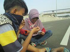 with boy friend:*