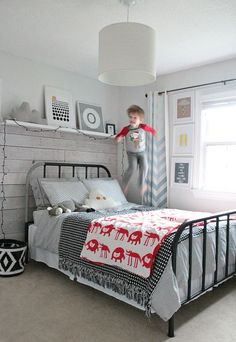owen's olivia: A Schoolhouse Electric Inspired Bed. An adorable room for a little one or guest room. Love the metal bed! owen's olivia: A Schoolhouse Electric Inspired Bed. An adorable room for a little one or guest room. Love the metal bed! Home Bedroom, Kids Bedroom, Bedroom Decor, Bedroom Ideas, Trendy Bedroom, Bedroom Wall, Big Boy Bedrooms, Man Room, Cool Beds