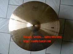 Pearl cx-600 ride 20 (top of the line, 80s cymbal), found this wonderful top of the line Ride (rare) cymbals in an offer on the web with 2 vari-pitch 12 and 13 inches Pearl toms.