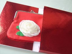 Coin Purse Under Ten Gift Box by Antiquebeginnings on Etsy, $8.00