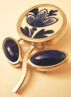 broche,  silver, Delfs blue, lapis lazulli