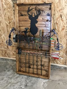 Bow rack made out of Deer Hunting Decor, Hunting Cabin, Archery Hunting, Crossbow Hunting, Crossbow Arrows, Hunting Stuff, Hunting Crafts, Diy Crossbow, Hunting Gear