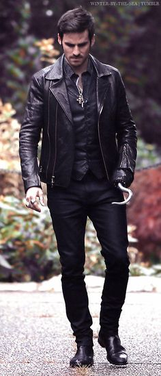 Pretty obvious I'm currently obsessing over Colin O'Donoghue...