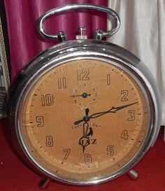 "Big Favre Leuba Jaz window DISPLAY clock nickled case 22"" Nanpara State India Favre Leuba, Mantel Clocks, Shelf, Windows, India, Display, Watches, Big, Stuff To Buy"