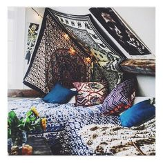 🌝 Get me out of the office and into this Bohemian Den! 🌞 Boho throws and scatters online now. Happy Friday! 🌜🌞🌛 #boho #weekend #sale #love #den #fort #gypsy #wet #summer #rain #rainbow #ethnic #interiordesign #paisley #henna #yurt #camping #glamping...
