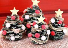 bricolage enfants sapins avec une déco de Noël