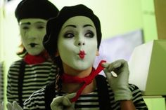 Mime Halloween Costume, Mime Makeup, Makeup Ideas, Ronald Mcdonald, Fictional Characters, Facepaint Ideas, Fantasy Characters