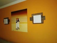 Apliqué pared con palets y leed