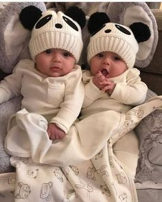 Designer Baby Clothe - December 29 2018 at Cute Baby Twins, Twin Baby Girls, Cute Little Baby, Baby Kind, Twin Babies, Little Babies, Baby Love, Boy Girl Twins, Adorable Babies
