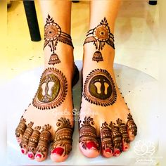 Special work for kumkum pagla Mehndi Designs 2018, Mehndi Designs For Beginners, Modern Mehndi Designs, Mehndi Designs For Girls, Mehndi Designs For Fingers, Dulhan Mehndi Designs, Mehndi Designs For Hands, Baby Mehndi Design, Legs Mehndi Design