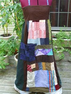 I need to make one of these...  Some of my clothes I've made.. Tut for apron dress pg 4 & seminole patchwk pg 5 - CLOTHING