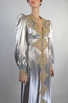$580.00 1930's Hollywood Regency Dressing Gown Set https://www.salonofthedames.com/1930-s-hollywood-regency-dressing-gown-set.html
