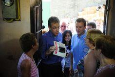 O ministro da Saúde, Arthur Chioro e o prefeito Eduardo Paes participam, no Morro da Coroa, do Dia D de Combate à Dengue e febre Chikungunya (Tânia Rêgo/Agência Brasil)