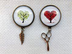 Needle minder Tree  Set of 2 needle minders  Needle keeper