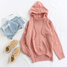 Pair your pink chunky sweater with the light blue jeans and apricot sneakers for a chic and laidback look! ❤❤ #hoodedsweater #pinksweaters #loosesweater #fauxsuede #casauloutfit #romwe