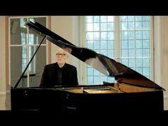 Siegfried Fietz singt 'Von guten Mächten wunderbar geborgen' - YouTube Bergen, Soundtrack, Joyce Meyer, Kindred Spirits, The Dreamers, Piano, Music Videos, Youtube, Lyrics