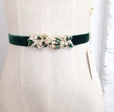 Items similar to Custom Gold and Emerald Green Bridal Belt- Vintage Wedding- Swarovski Crystal Bridal Sash- One-of-a-Kind Hand-Beaded -Vintage Glamour on Etsy Embroidery Fashion, Beaded Embroidery, Bridesmaid Belt, Swarovski, Wedding Belts, Dress Sash, Floral Headpiece, Bridal Sash, Velvet Ribbon