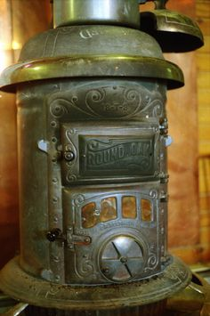 The Round Oak wood stove was made from 1897-1920s by P.D. Beckwith in Dowagic Michigan, USA.