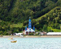 Iglesia de Tenaun, Isla Grande de Chiloe, Chile.
