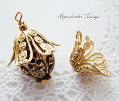 50 Brass Filigree Flower Large Bead Caps Antique Bronze Tassel End Spacers 29mm