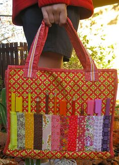 tutorial for notebook and marker tote to go....A would LOVE