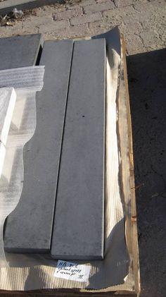 Muurafdekkers vlak, antraciet 15cm x 100cm - Betondingen.nl®
