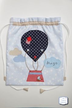 Wedding Gift Wrapping, Diy Backpack, Sock Dolls, Patchwork Bags, Fabric Bags, Kids Bags, Goodie Bags, Sewing For Kids, Sewing Tutorials