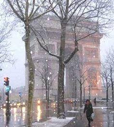 Winter Wonderland.. L'Arc de Triomphe, Paris