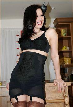Nuge girgles pantyhose 50
