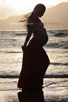 book gestante Maternity, Silhouette, Poses, Mom, Formal Dresses, Photography, Fashion, Beach Pregnancy Photos, Pregnancy Photography