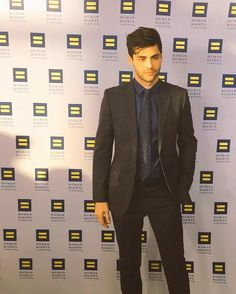 Matthew at the human rights campaign dinner looking mighty fine
