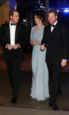 It was movie night for the royals as they attended the premiere of the 2015 James Bond movie Spectre at London's Royal Albert Hall.