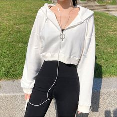 39 perfekte Schuloutfits machen dich in Mode 6 Sporty Outfits, Teen Fashion Outfits, Retro Outfits, Cute Casual Outfits, Stylish Outfits, Girl Outfits, Korean Casual Outfits, Simple Outfits, Vintage Outfits
