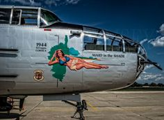 Nose Art aircrafts plane fighter pin-up
