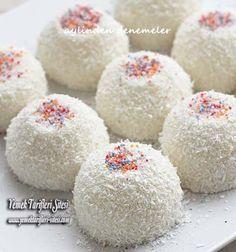 Fincan Tatlısı Tarifi – Kurabiye – The Most Practical and Easy Recipes Milk Dessert, Dessert Cups, Cake Recipes, Dessert Recipes, Food Articles, Turkish Recipes, Deserts, Dinner Recipes, Food And Drink