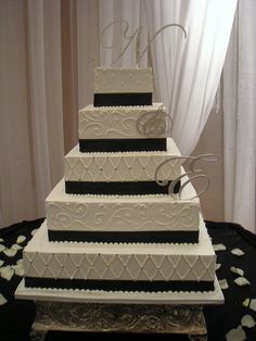 simple black and white wedding cake