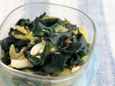 Sauteed Spicy seaweed & celery  わかめとセロリのいためナムル