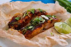 Being in a rush doesn't mean you have to sacrifice a good, nutritious meal. In this Sambal Salmon Parcel, combine sambal, spring onions and salmon in the microwave for a piping hot fish dish that flakes off beautifully with each bite. The natural omega-3 rich fats of the salmon helps to keep it moist in the microwave while it absorbs the spicy tangy goodness of the sambal. The spring onions add texture and some refreshing flavors and you can give a squeeze of lime over the fish at the end for Asian Food Channel, Asian Recipes, Ethnic Recipes, Salmon Fillets, Fish Dishes, Omega 3, Nutritious Meals, Cheesesteak