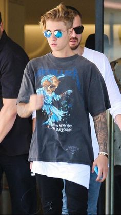 Justin Bieber causal grown up style Justin Bieber Fotos, Justin Bieber Outfits, Justin Bieber Ropa, Justin Bieber Family, Justin Bieber Tattoos, Justin Bieber Style, Justin Bieber Pictures, Justin Bieber Clothes, Justin Bieber 2015