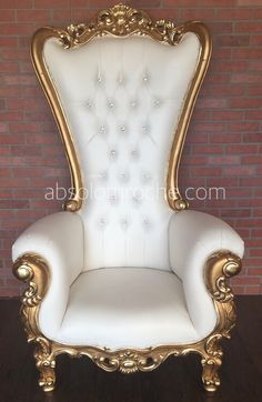 Absolom Roche is a manufacturer and online retailer of Fabulous Baroque Furniture and Throne Chairs. Office Chairs Canada, Luxury Office Chairs, Industrial Office Chairs, Leather Dining Room Chairs, Living Room Chairs, Dining Furniture, Queen Chair, Royal Room, Baroque Furniture
