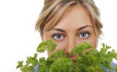 Sfaturi Utile: Dieta cu Pătrunjel