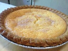 Buttermilk pie INGREDIENTS: 1 unbaked pie shell 3 eggs beaten cup flour 1 Cup buttermilk 1 tsp vanilla extract cup melted butter 1 cup sugar DIRECTIONS: Mix the sugar and flour. Add the other ingredien… Old Italian Recipes, Old Recipes, Cooking Recipes, Easy Recipes, Retro Recipes, Vintage Recipes, Family Recipes, Lime Recipes, Gourmet
