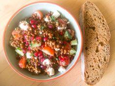 Linzen salade met granaatappel en feta