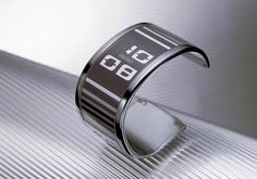 April 2005 Seiko Watch Corporation demonstrated the world's first watch to utilize an electronic paper display for the first time at the Baselworld Watch an Stylish Watches, Cool Watches, Watches For Men, Electronic Paper, Paper Watch, Unusual Watches, 233, Mens Toys, Expensive Watches
