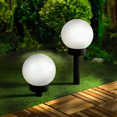 Solární lampa | Magnet 3Pagen #magnet3pagen #magnet3pagen_cz #magnet3pagencz #3pagen #decoration Light Bulb, Lighting, Decoration, Home Decor, Decor, Decoration Home, Room Decor, Light Globes, Lights